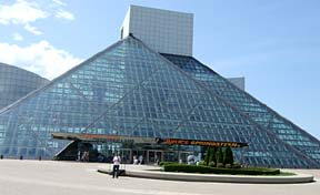 Rock and Roll Hall of Fame and Museum [Photo by Tom Ineck]