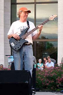 Bassist Roger Barnhart [Photo by Tom Ineck]